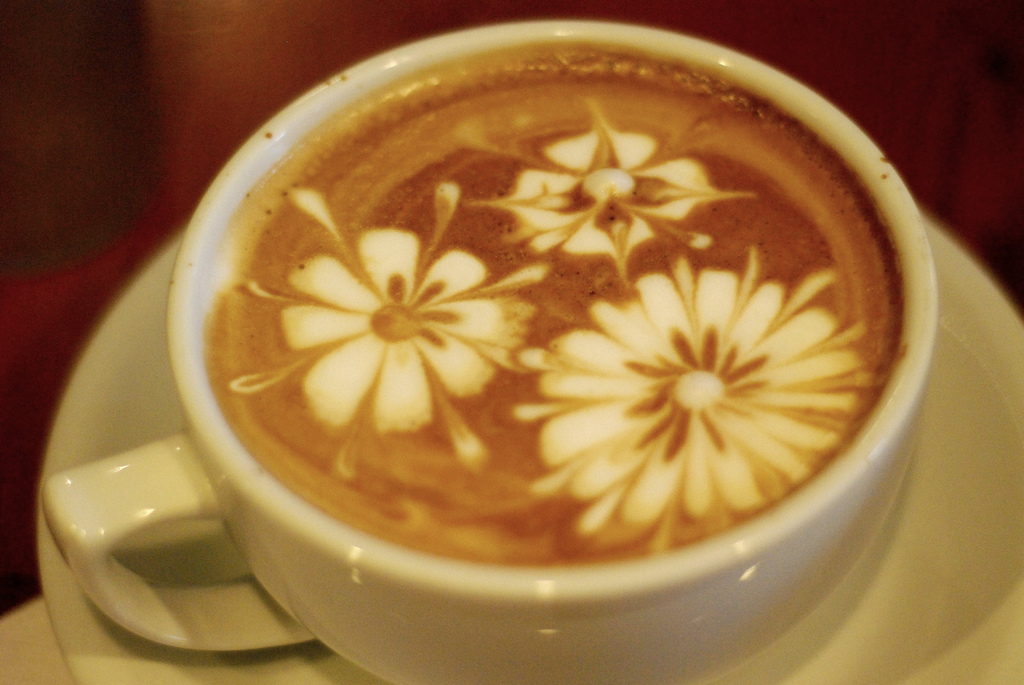 Latte Art Designs : Hanan decor latte art