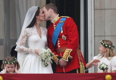 Prince William & Princess Kate Middleton First Kisses