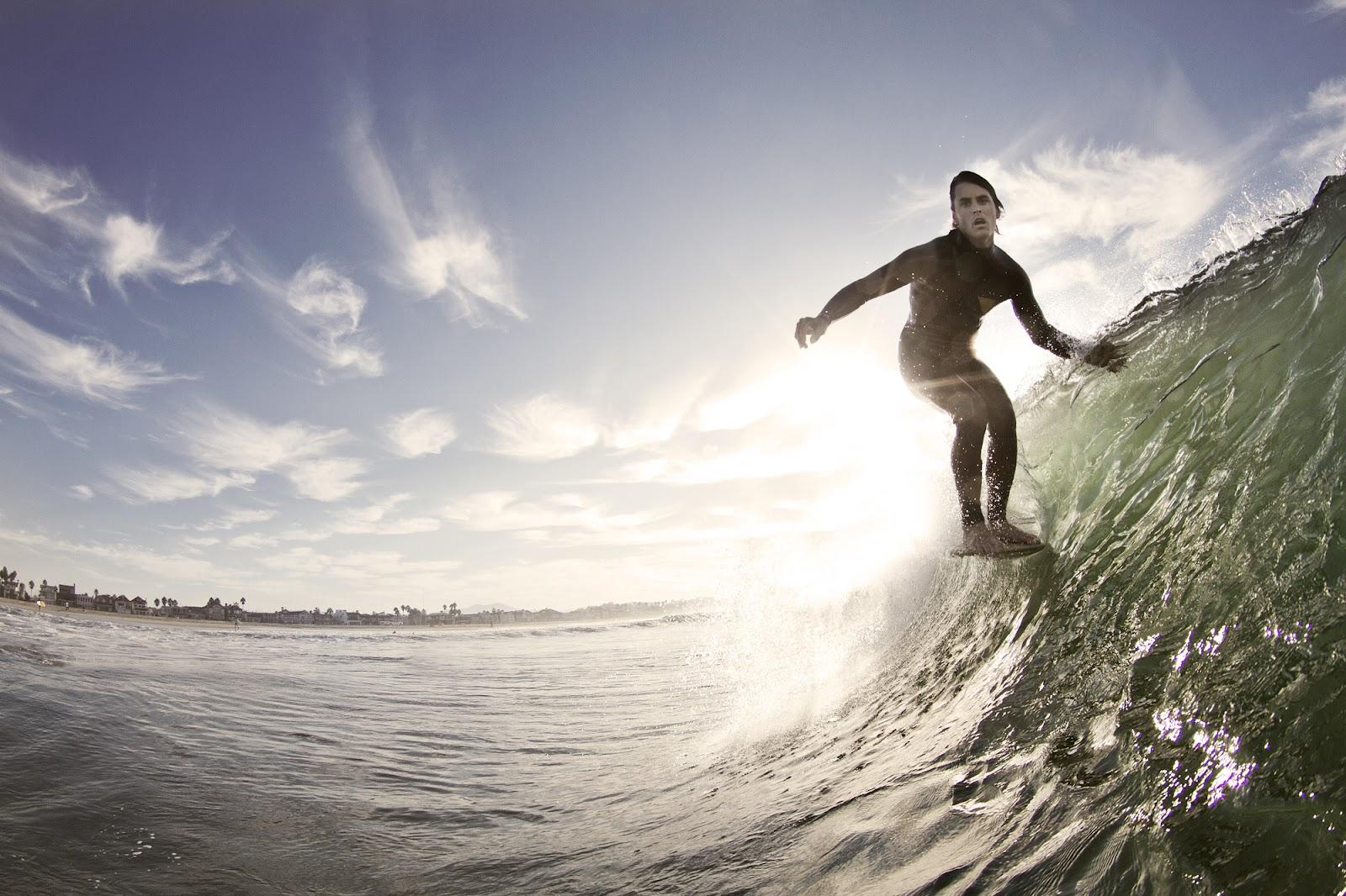 http://2.bp.blogspot.com/-Gt_dFkiv27c/UDPKJh0OKhI/AAAAAAAACKM/KCk4rmDPl0U/s1600/surf-wallpaper-hurley-scotty-nose-ride.jpg