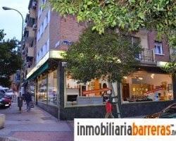 Local gran fachada esquinazo entrevias Madrid en nosolopisos.es