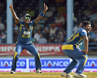 Angelo-Mathews-Rangana-Herath-Final-India-vs-Srilanka-Tri-Series-2013