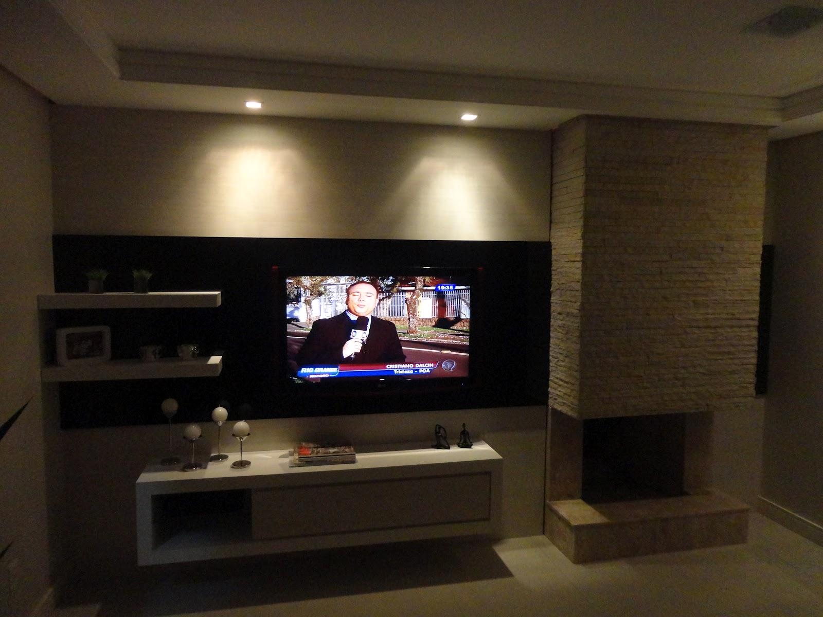 Lareira A Gas Na Sala De Tv ~ Sala De Tv Lareira a gas na sala de tv Sala de tv pequena  Salas Tv