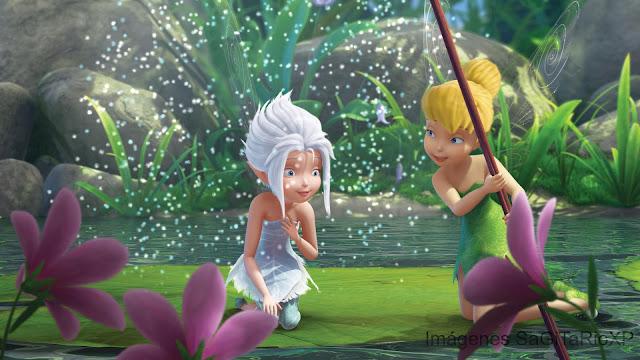 TinkerBell y Per iWinkle Descubriendo las flores