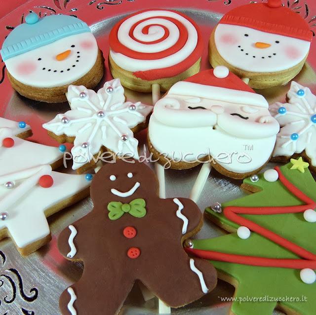 biscotti decorati polvere di zucchero