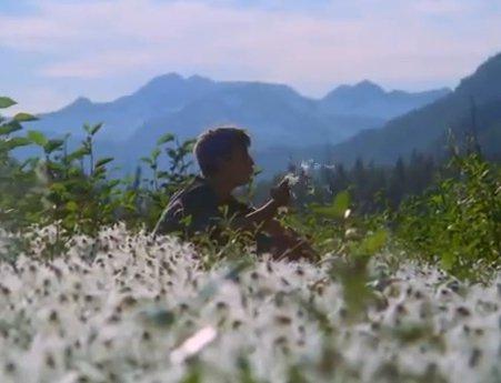La Hermosa Verdad. Un Adolescente de 15 años nos Demuestra que hay Esperanza para la Humanidad de Vivir su Vida con Verdadera Dignidad