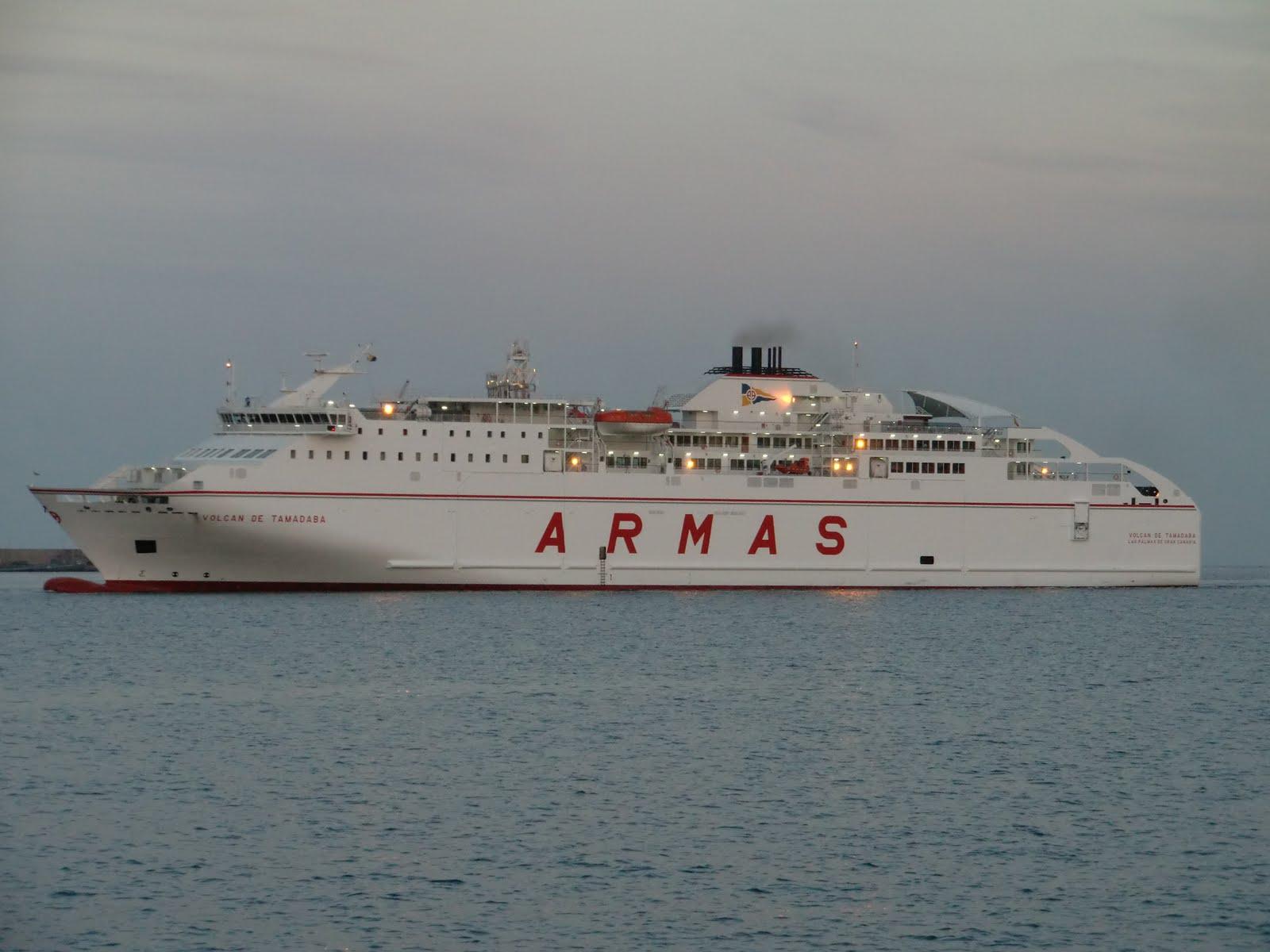 Islas canarias volcan de tamadaba ferry naviera for Horario oficina naviera armas las palmas
