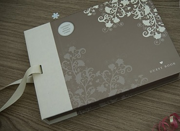 Obvius Weddings: How to Make a Wedding Guest Book