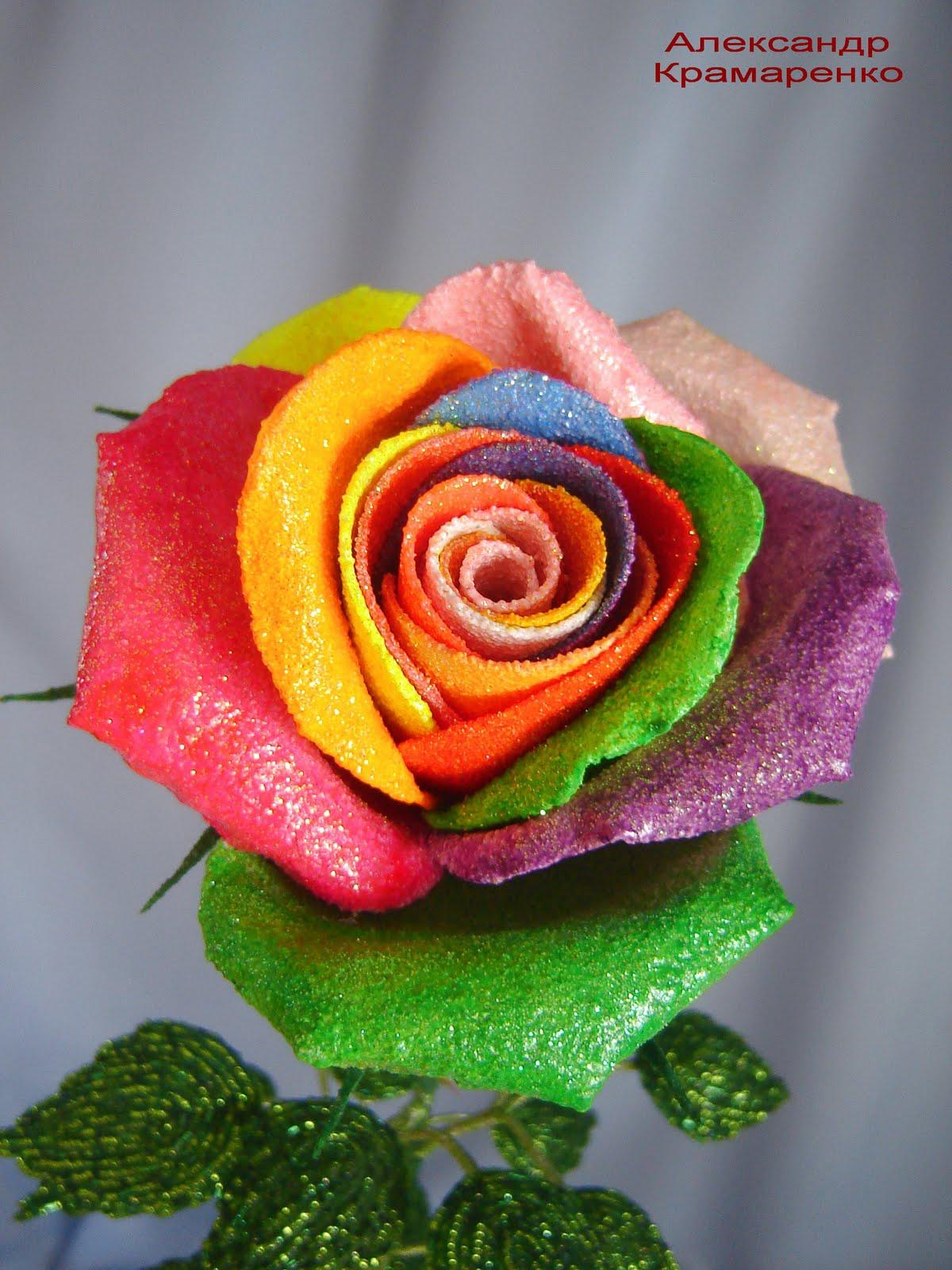 Изображение Розы из бисера - Beaded roses из коллекции Цветы из бисера на сайте Пинми.ру.
