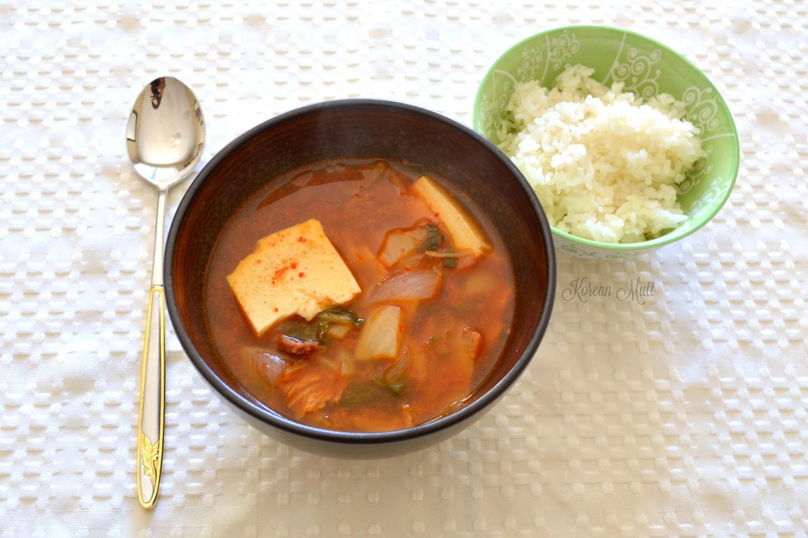 Good Old Kimchi Soup (Kimchi Jjigae) ~ Korean Mutt