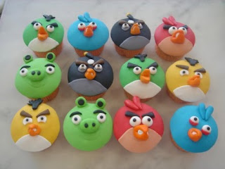 Angry Birds cupcakes from Aunty Yochana