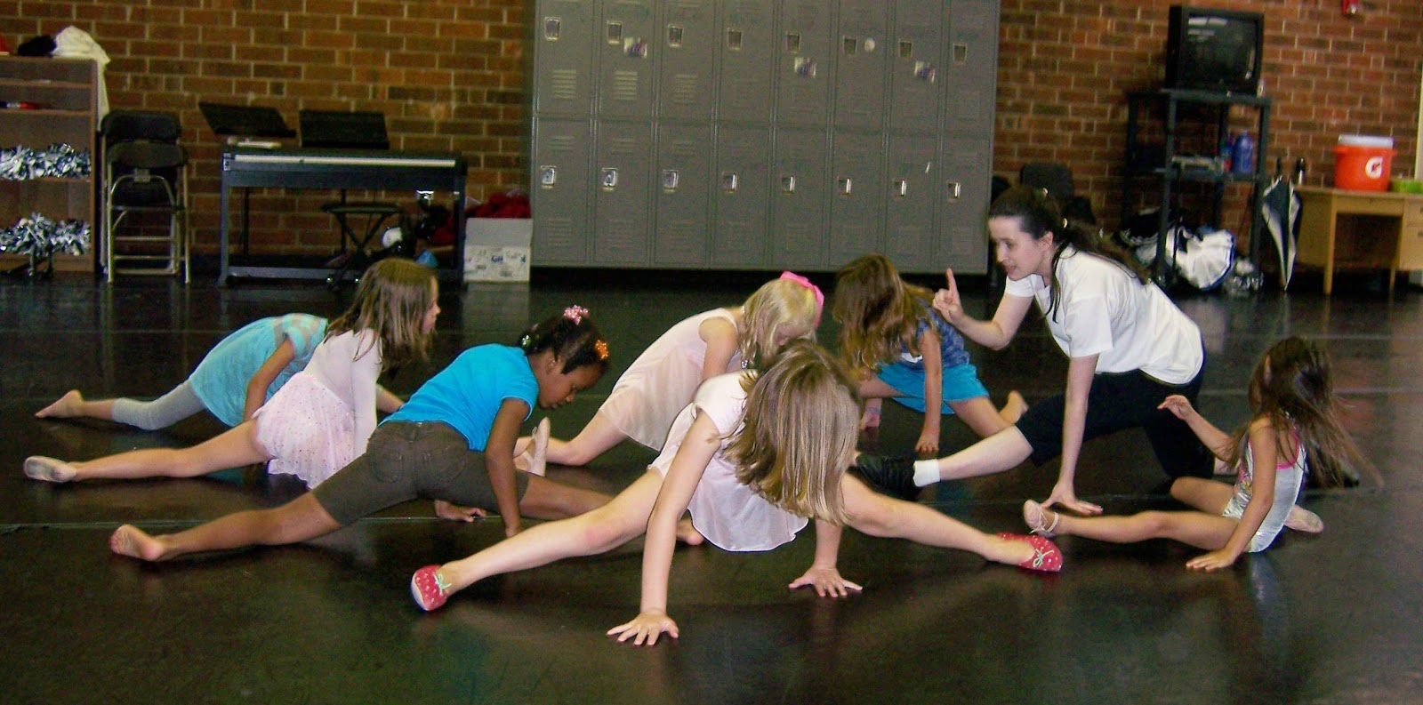 Kids Dance Class We offer many dance classes