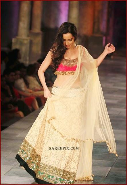 Shraddha Kapoor walks the ramp for Manish Malhotra Designs at Mijwan Sonnets in Fabric 2012 in Grand Hyatt