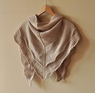 szal robiony na drutach