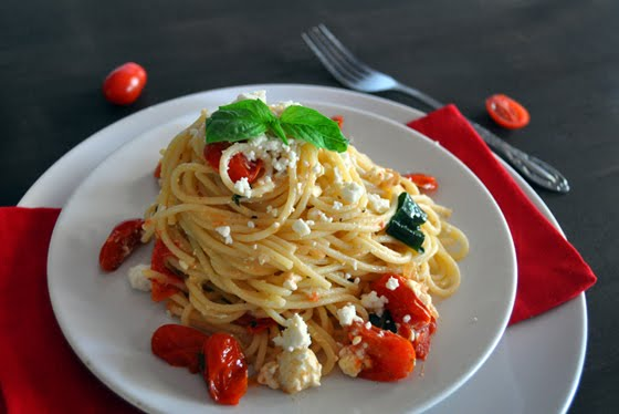 Pasta with Cherry Tomatoes, Basil and Feta Cheese | Mogwai Soup
