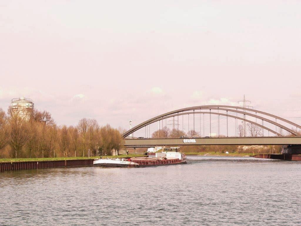 Depression kleine Schritte Kanal Dortmund Frühling Antidepressiva Schiff