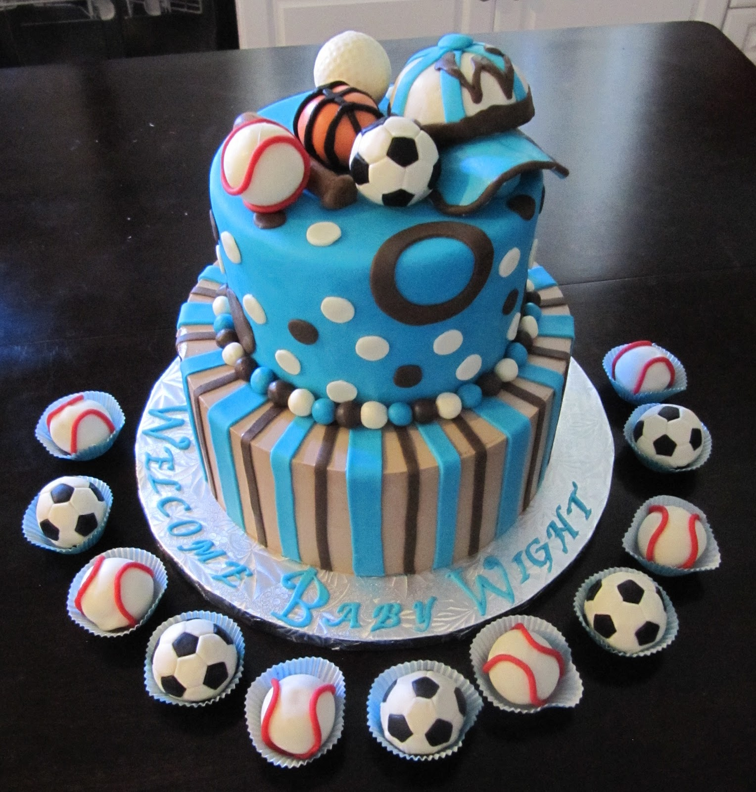 deWishes delights: Sports Baby Shower