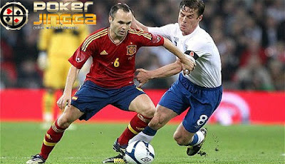 prediksi skor bola spain vs england 14 november 2015