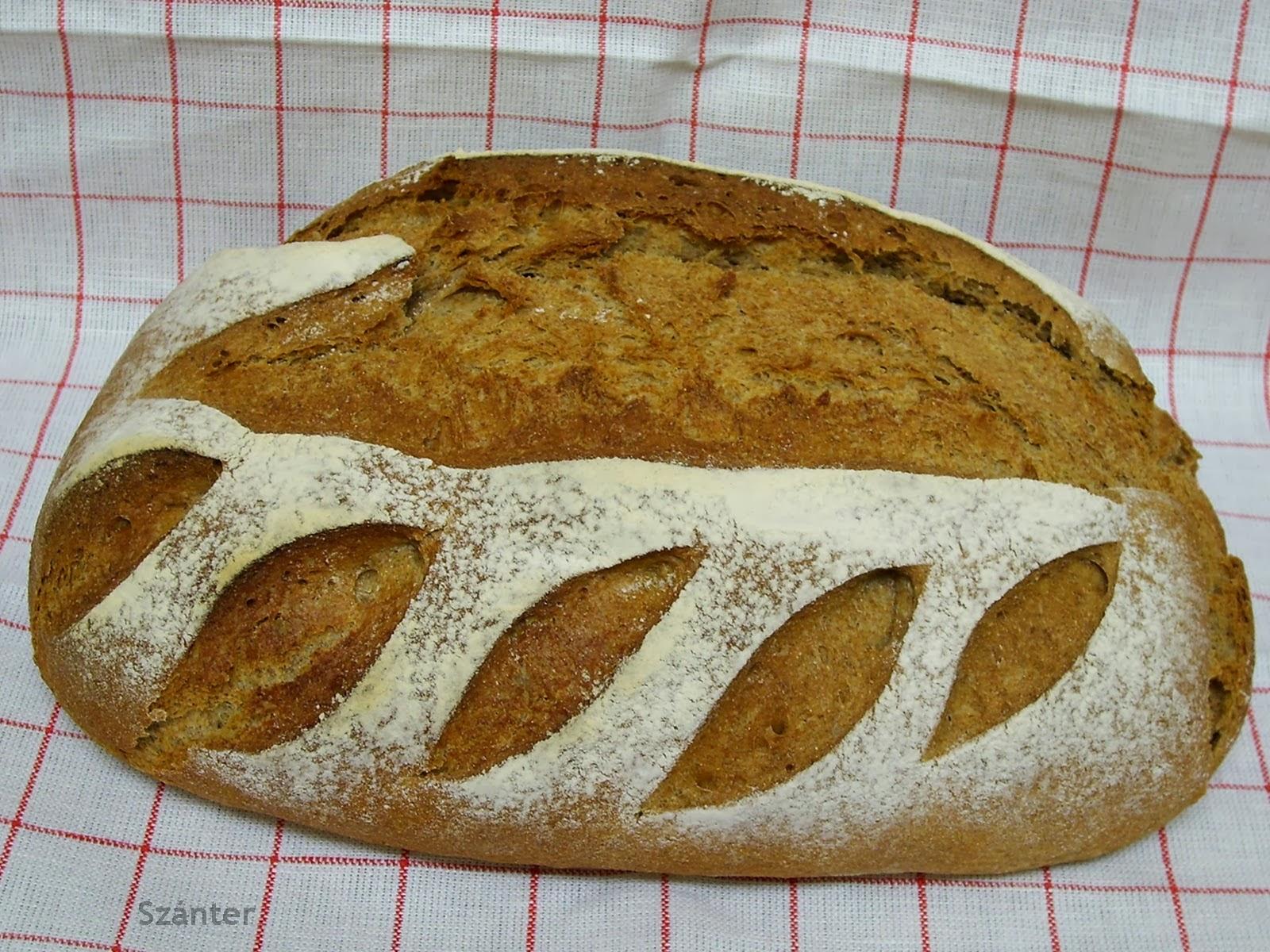 Rozs és tönkölybúzalisztes kenyér.