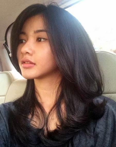 Biodata dan Koleksi Foto Artis Imut Adinda Azani, Pemeran Fatimah di Serial Madun SCTV