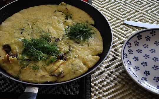 Omlet z cukinią i parmezanem