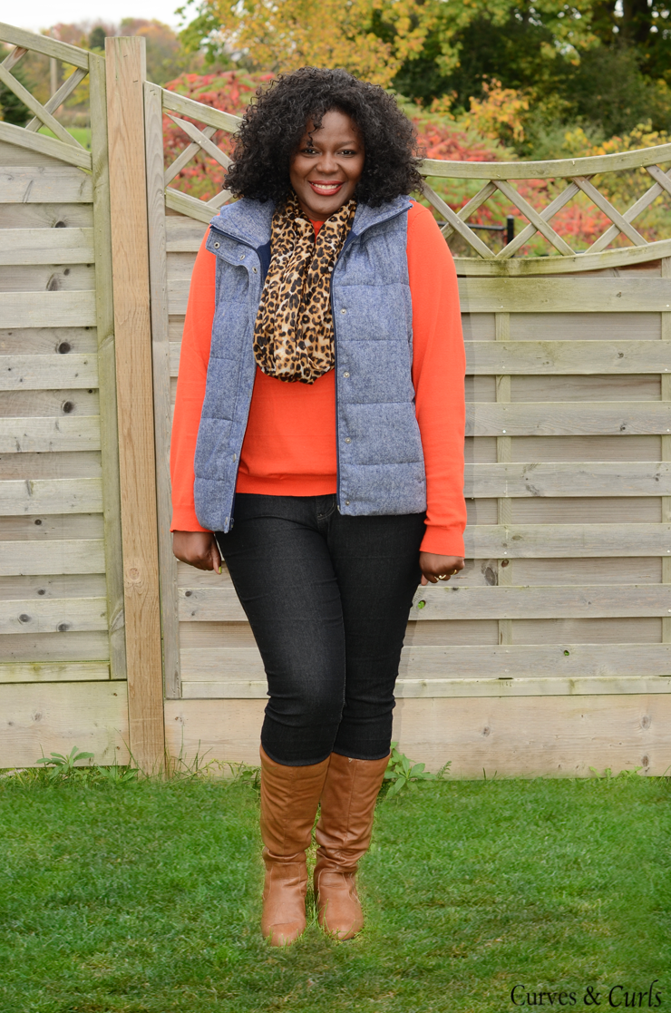 How to wear a puffer vest : #plussize, #oldnavy #joefresh www.mycurvesandcurls.com