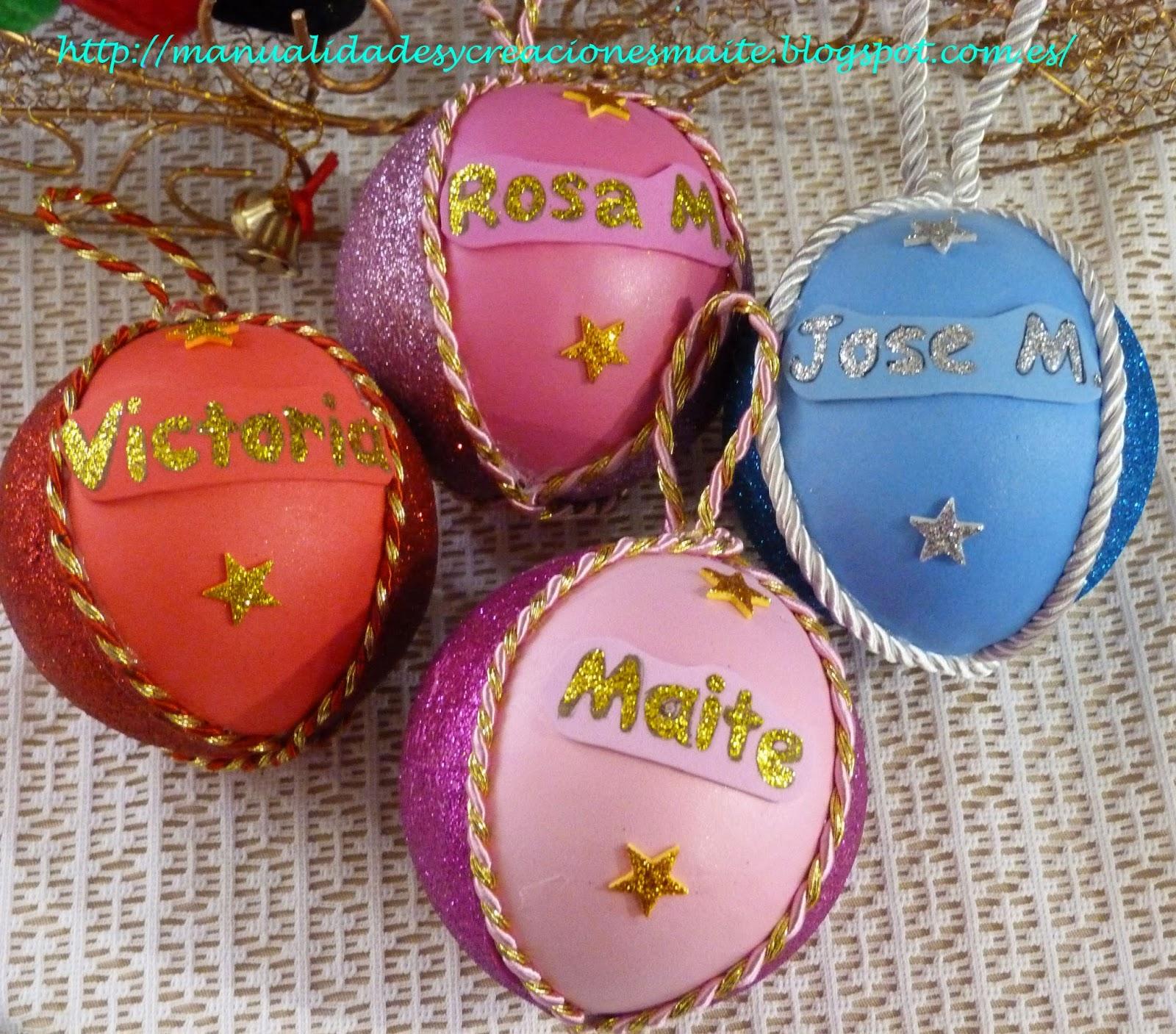 bolas para el rbol de navidad totalmente con los colores favoritos y los nombres hechas a mano de forma artesana en goma eva