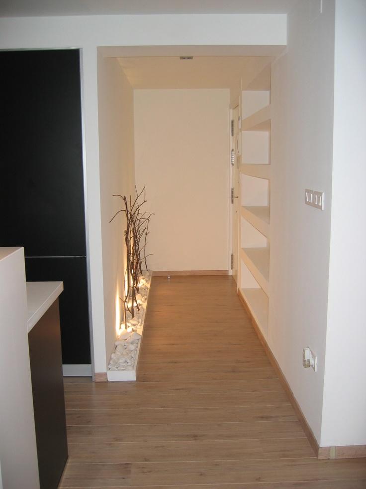 Hogar diez c mo decorar un recibidor peque o for Como decorar un piso pequeno moderno