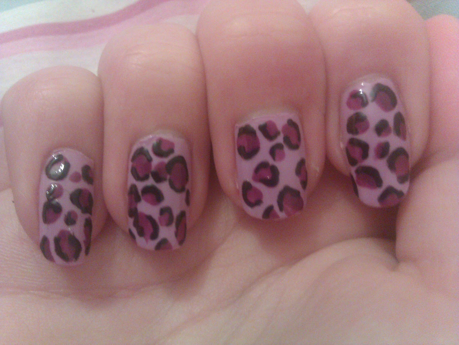 Kerry\'s Creative Nails :): July 2012