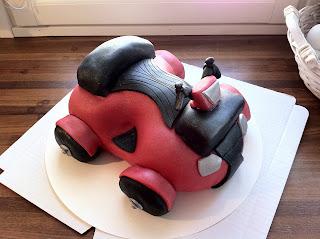 Mönkijä-kakku