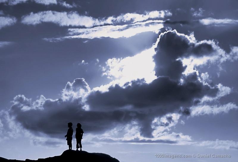 http://2.bp.blogspot.com/-GwTOg0yVg9c/Td6oWq0nccI/AAAAAAAAA7U/vx-2AeleBqY/s1600/nubes.jpg