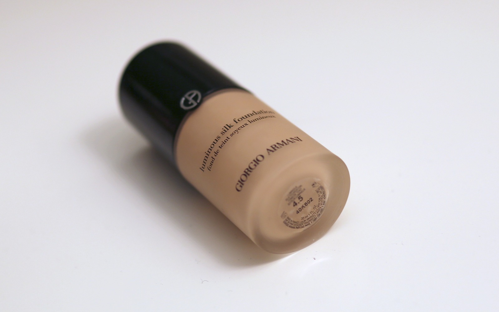 foundation, Giorgio Armani, hourglass, Koh Gen Do, laura mercier, Luminous Silk, primer, Real Techniques, review, serum, my thoughts on, my, thoughts, on, giorgio, armani, luminous, glow, silk, foundation, korean, powder, makeup, cosmetics, storage, review, dirty blonde ambition, dirty, blonde, ambition, lauren, zelner, lauren zelner, muji, acryllic, acrylic, plastic, clear, lucite, drawers, palette, special edition, special, edition, new, packaging, hype, popular, beauty community, most, worth the hype,