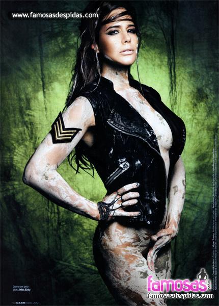 Adriane Garcia na Maxim Portugal