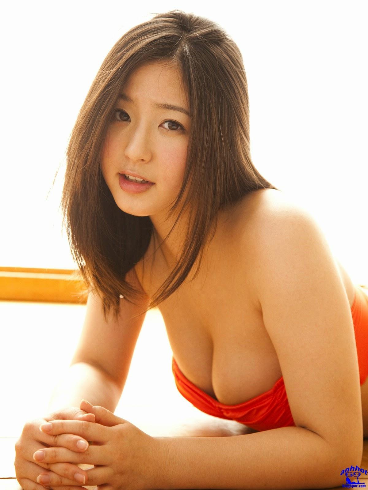 yuri-murakami-01844280