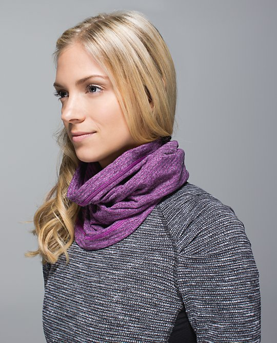 lululemon ultraviolet pique neck warmer