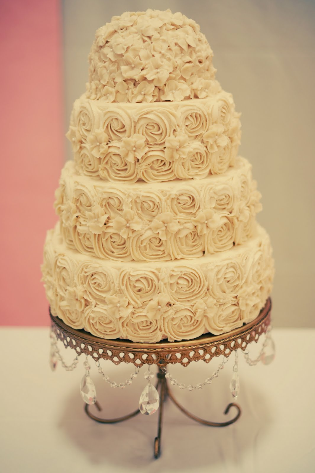 Indulge With Me: Victorian Style Wedding Cake