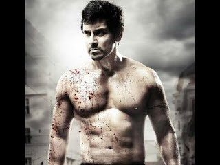 Vikram 6 packs getup stills in I movie