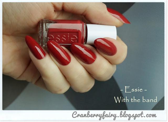 czerwony lakier essie