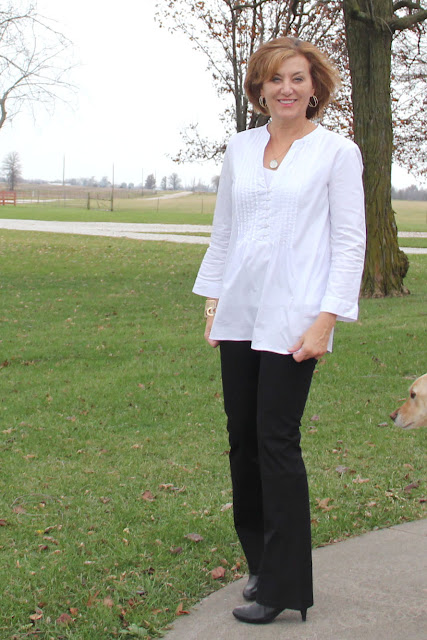 Mood Fabrics' White Pinpoint Cotton Shirting Tunic - Butterick 6208