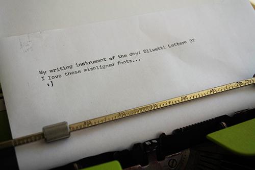 Olivetti Lettera 32 writing sample - Amostra da escrita da Olivetti Lettera 32
