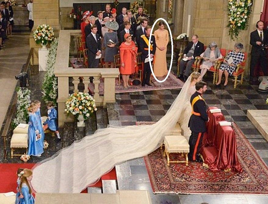 Well-known A entrada das demoiselles e seu local no altar | Falando de  PL78