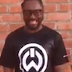 "will.i.am é desafiado e participa do ""Ice Bucket Challenge"""