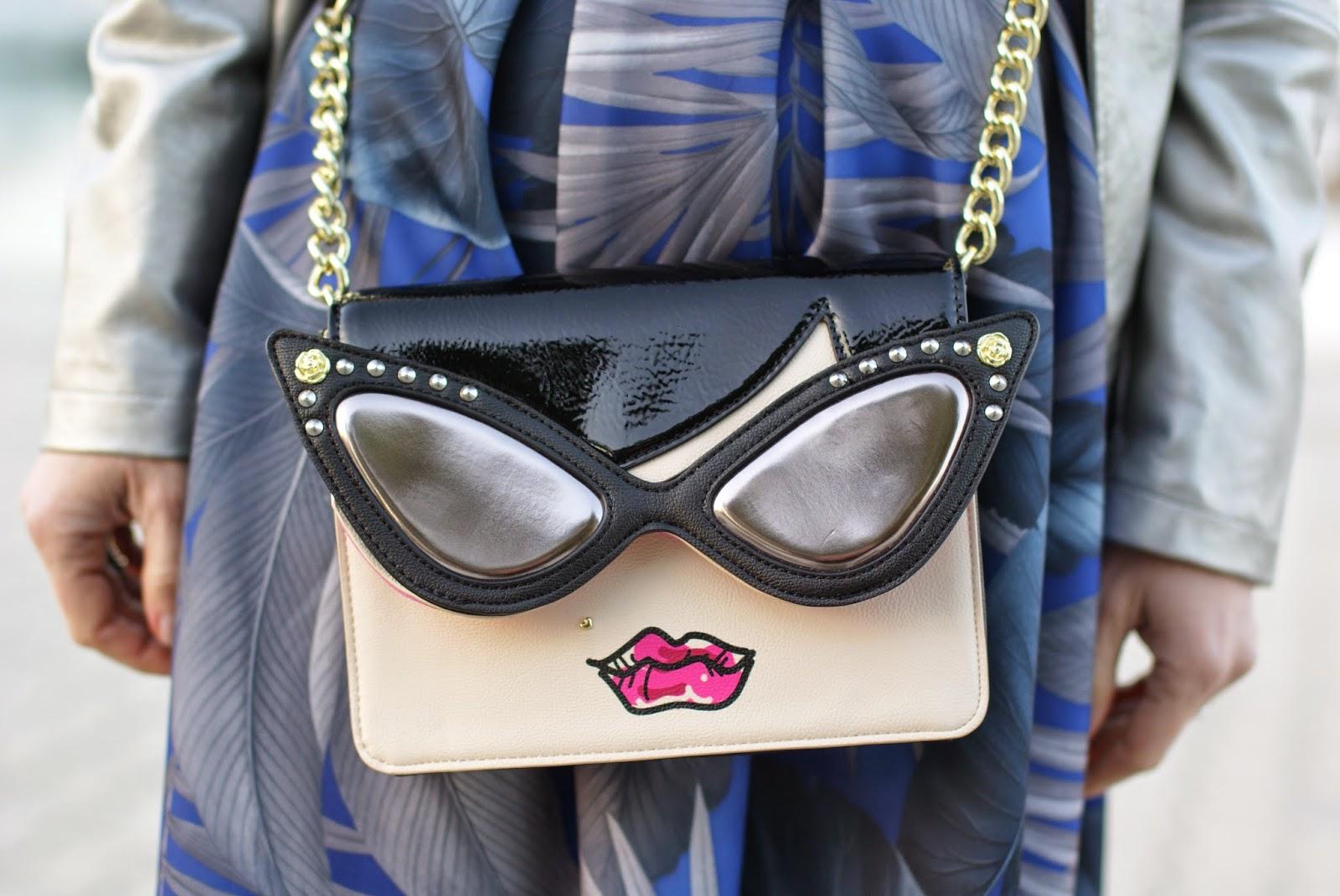 Betsey Johnson face bag, Betsey Johnson sunglasses bag, Fashion and Cookies fashion blog, fashion blogger