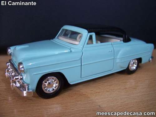 Chevrolet Bel Air- Año 1955 (auto a escala, de costado)
