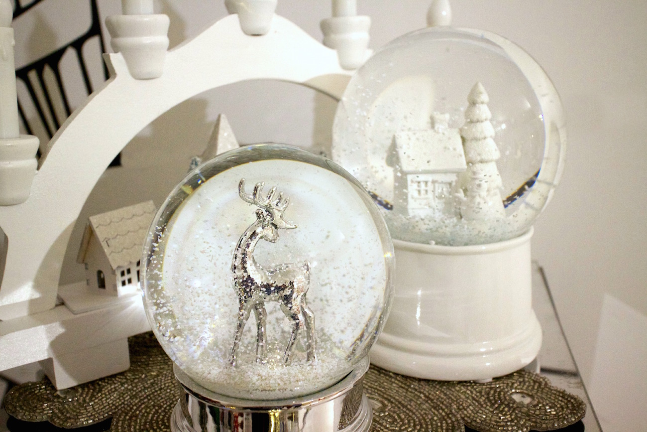 christmas laura ashley aw15 press day snow globe