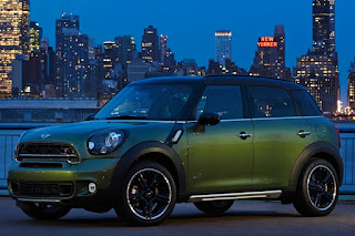 2015 Mini Cooper Countryman Special front side eagle view