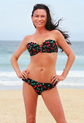 English: Lucy Pargeter floral bikini Queensland, Australia