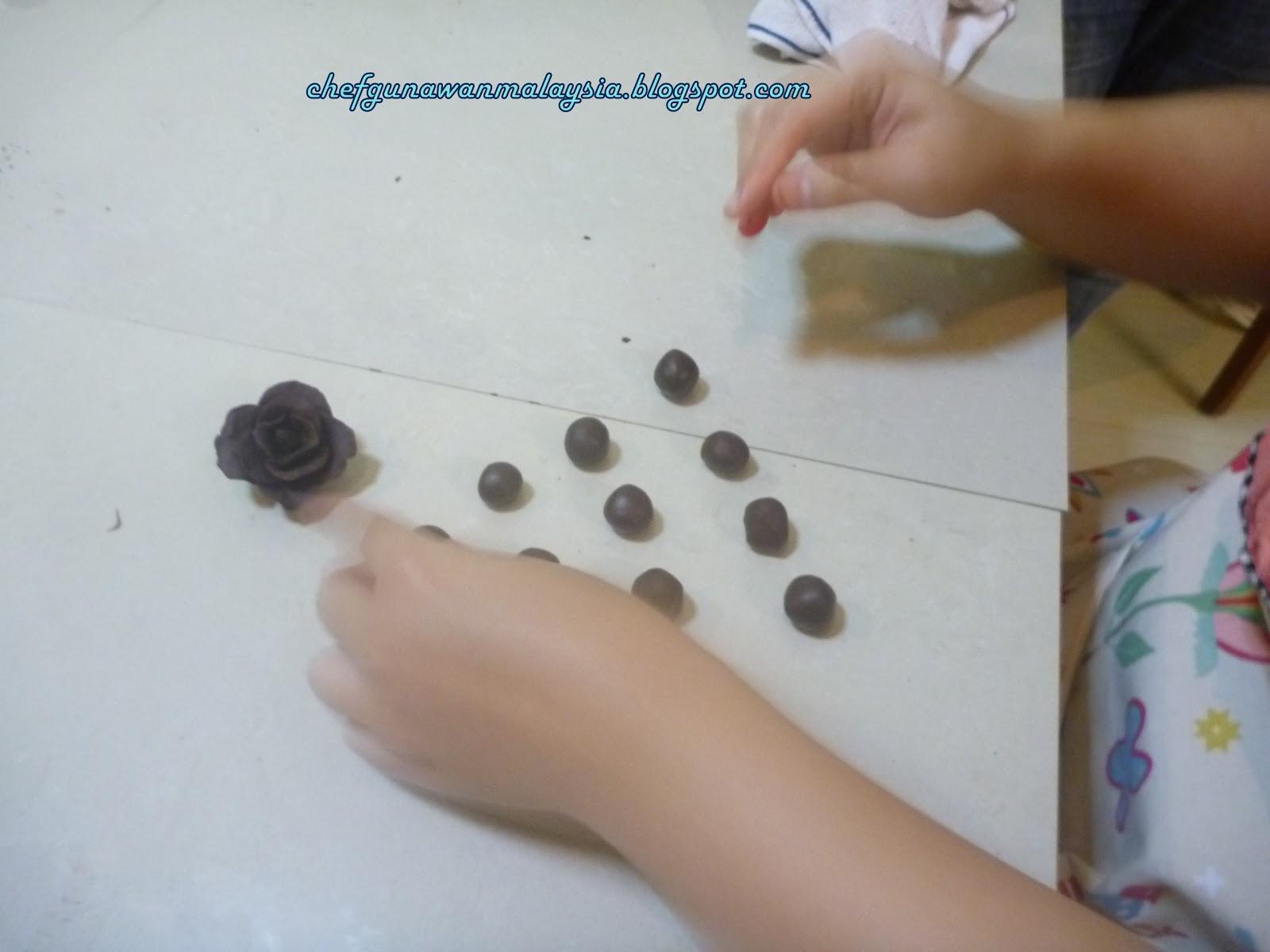 Kelas Coklat Dan Dekorasi Coklat Chef Obiebest tau