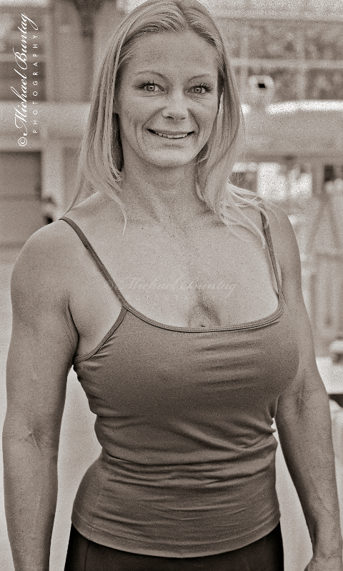 Raye Hollitt, Comic-Con International, San Diego Convention Center, Marina District, San Diego, California. Ilford HP5+ Black and White 35mm negative film. © Michael Buntag.