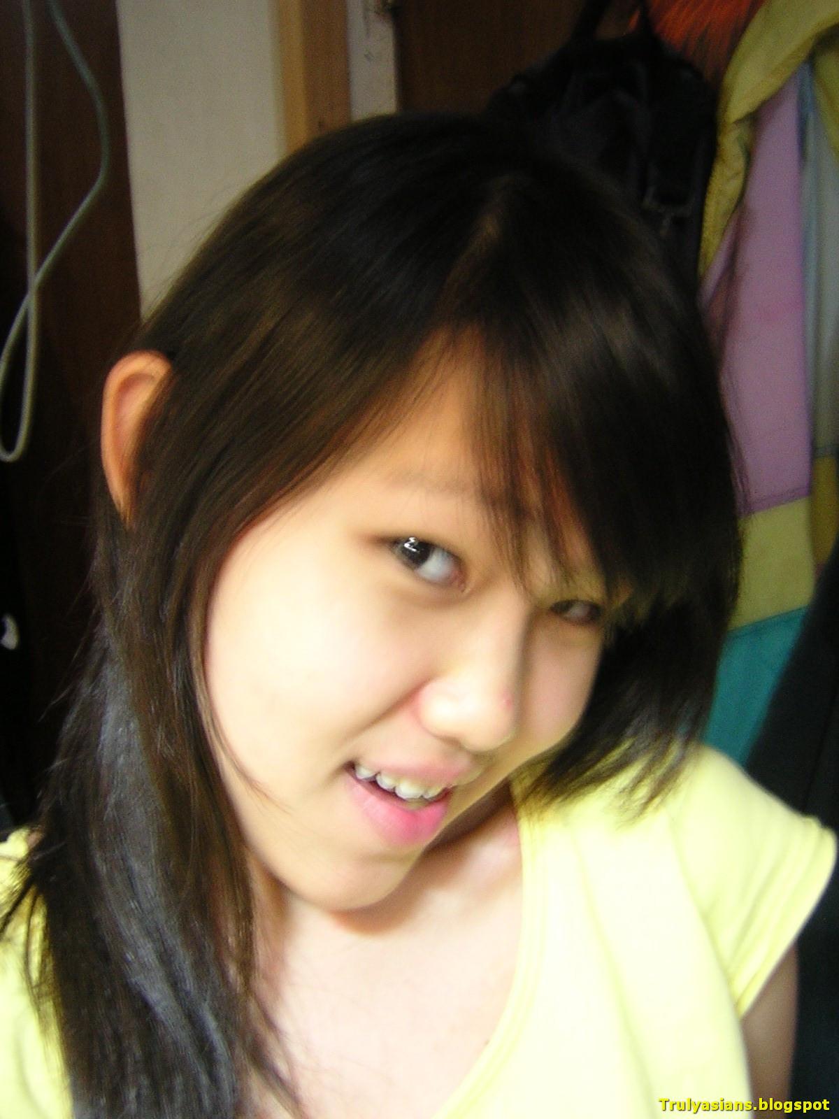 2 bp blogspot GyfkjH5FIek Ufwy7TssNoI AAAAAAAAD6g kZYOZp02bqA s1600 trulyasians blogspot Busty Indon Girl Nude 054