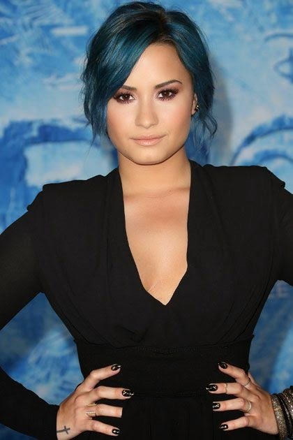 colorations, couleurs flashy et pastels, demi lovato